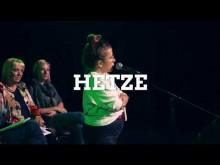 PoetrySlam zu HateSpeach mit Ninja La Grande und Claudia Roth